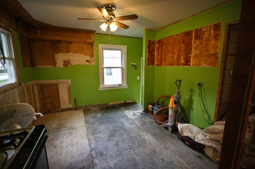Kitchen Renovation: Day 1 (Before)