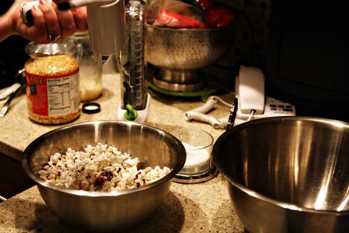 2011-02-10-Bacon-Sage-Popcorn-039