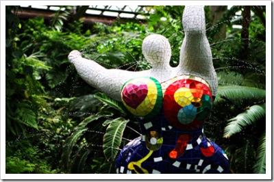 _web-2007-07-07 Niki In The Garden 223 copy